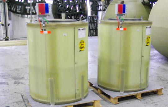 In Erdbebenzonen zugelassene Flachbodentanks für Motoröl