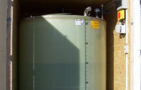 Haase flat-bottam tank for AdBlue for a gas station.