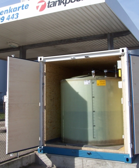 Haase-AdBlue storage tanks can be installed both as a flat-bottom tank and as an underground tank.