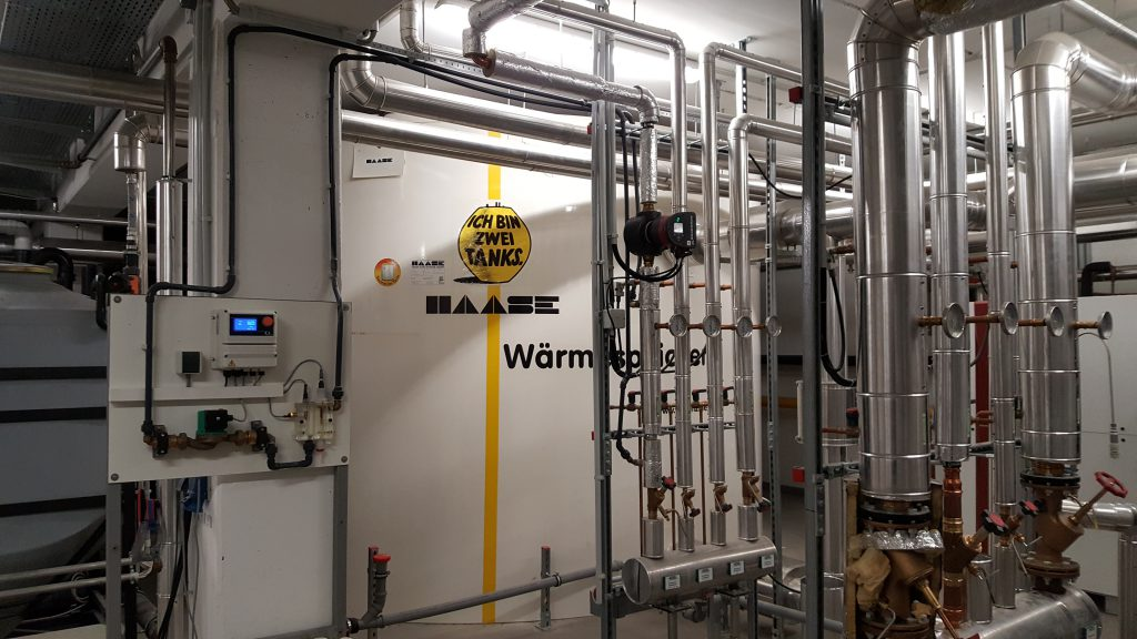 The large hot water tank T440-293 was perfectly integrated into the waste heat recovery system.