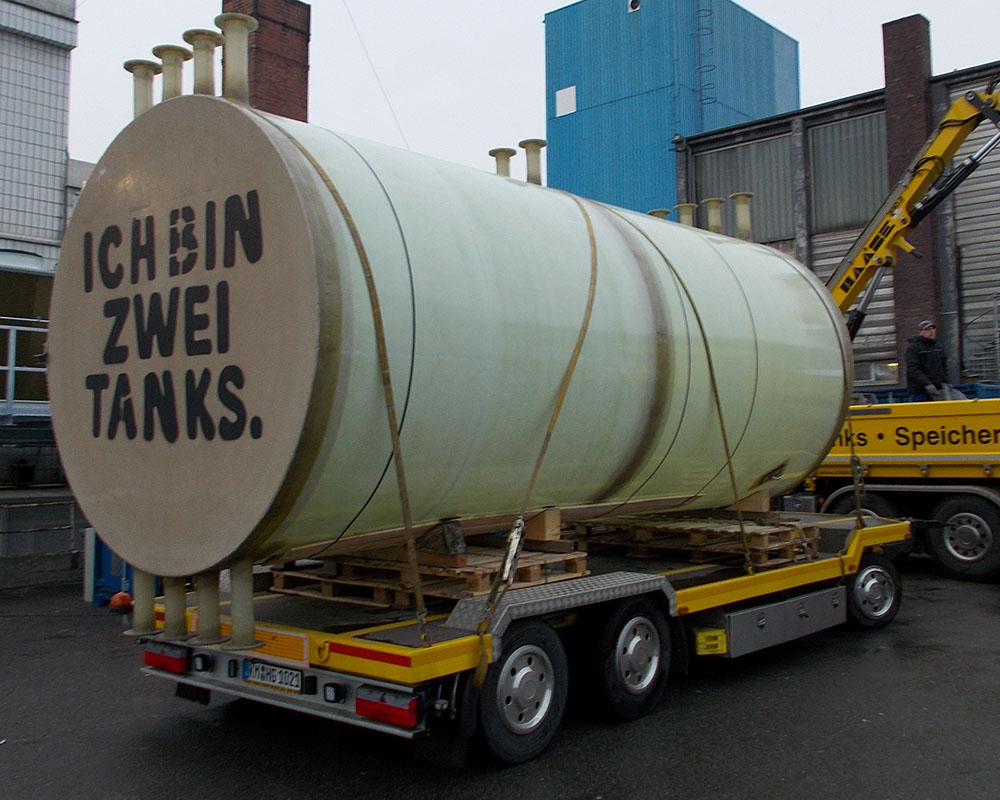 The inner storage of the hot water tank was transported by our special vehicle to the butcher in Berlin and set up there.
